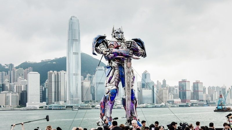 比美早一周 《变形金刚4》首映为何选香港?