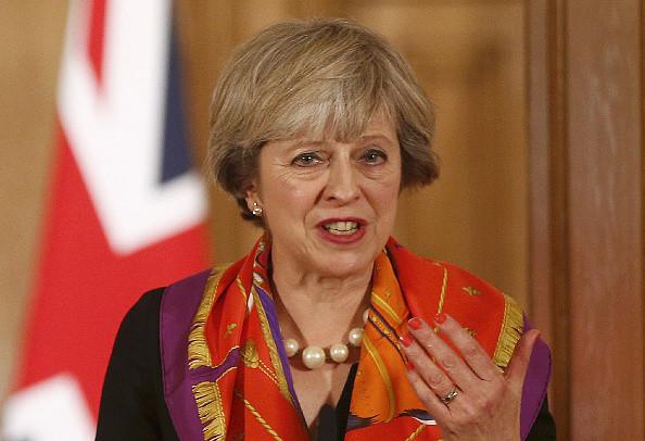 特丽莎·梅川普通话 确认NATO重要性