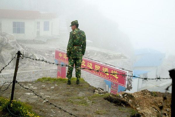 印军称修路地段归中方管辖  不排除再次对峙