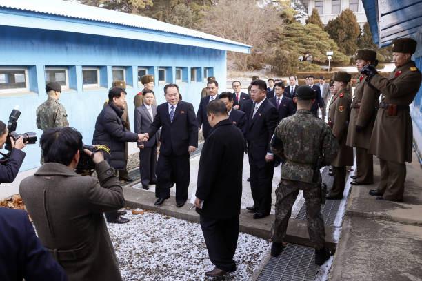 韩朝为会谈秘密沟通数月 金正恩上月初突然松口
