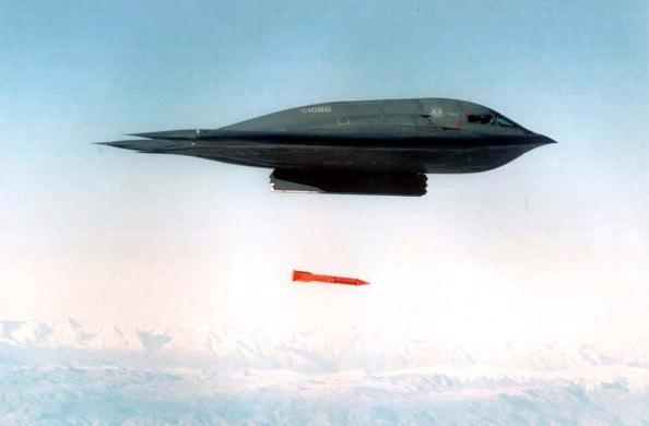 整合作战力 美军B-2隐形轰炸机进驻关岛