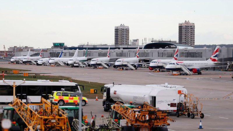 拆除二战未爆弹 伦敦机场关闭影响1.6万旅客