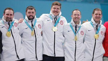 美国冰壶男队夺金  伊万卡现场助阵