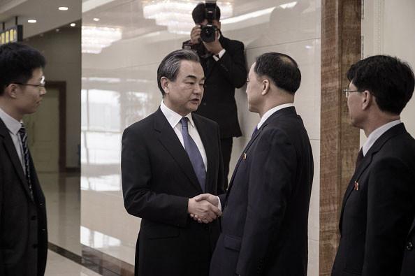 不欲北京参与?金正恩见王毅双方通稿现巨大分歧
