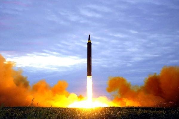 朝将炸毁ICBM发射场 文在寅泄川金会秘密协议玄机