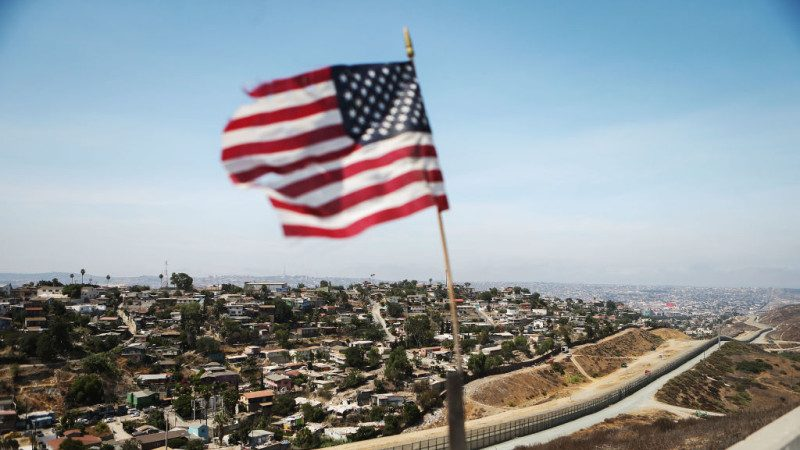 美众院拟批50亿美元筑边境墙 川普为ICE喝彩