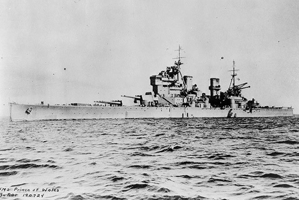 """英军10艘二战沉没军舰  遭中国""""海盗""""非法打捞"""