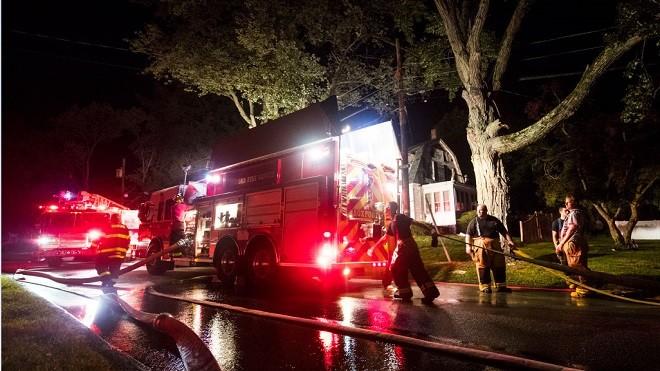 波士顿邻镇瓦斯气爆 70起爆炸大火1死12人伤