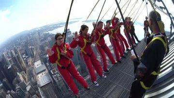 加拿大新移民356米「高空」入籍