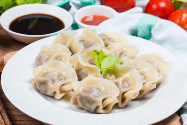 香菜虾仁水饺(视频)