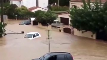 法国西南部突发洪水 至少13人死亡
