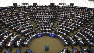遏止海洋污染 欧洲议会高票通过限塑法案