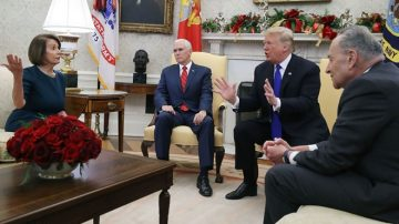 川普会晤民主党领袖 要求预算含建墙款