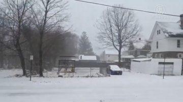 冬季風暴抵紐約 雪雨紛飛 道路泥濘