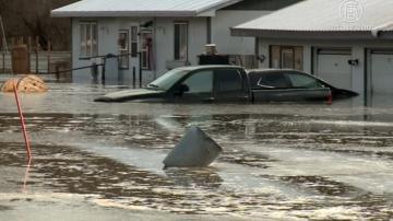 積雪降雨演變成暴洪 美內州多縣被淹沒