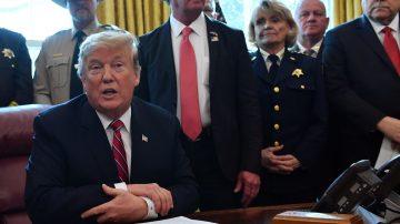 國會叫停邊境緊急狀態令 川普首次否決