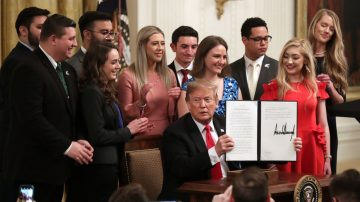 川普簽署行政令 保障大學校園言論自由