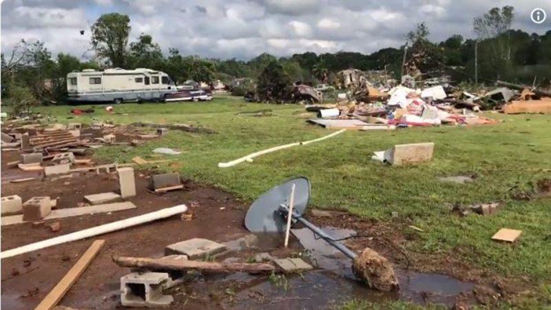 雷暴伴隨龍捲風肆虐德州 2童亡7人傷(視頻)