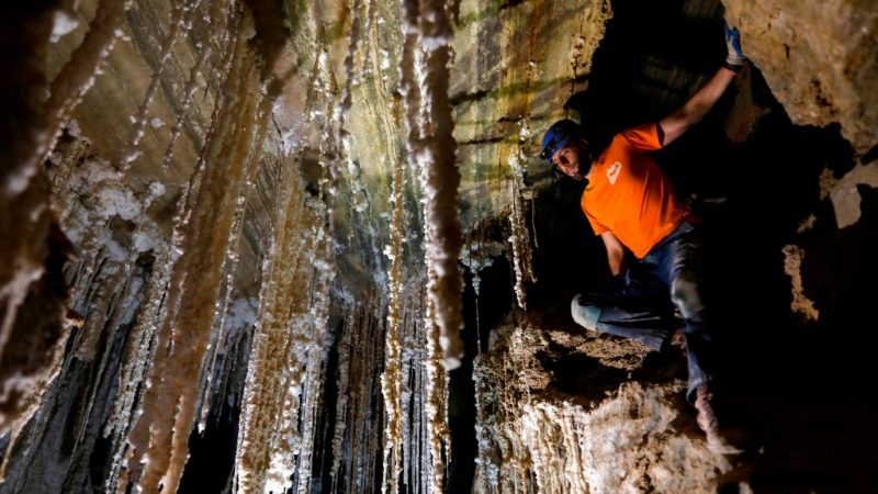 世界最長鹽洞 以色列考察員花兩年測繪10公里